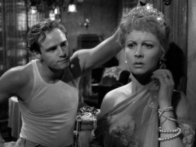 blanche and stanley in a streetcar A streetcar named desire opens with the arrival of blanche dubois, a at the new orleans home of her sister stella and stella's husband stanley a conflict arises between stanley and.