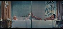 pillow talk split screen tub
