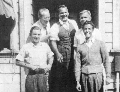 The Termite Terrace crew in 1935 (from left): Ross, Sutherland, Avery, Jones, Clampett.